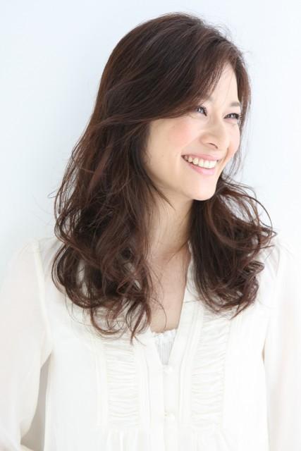 モダンヘアスタイル 髪型 ミセス ヘアカタログ : beautystyln.jp